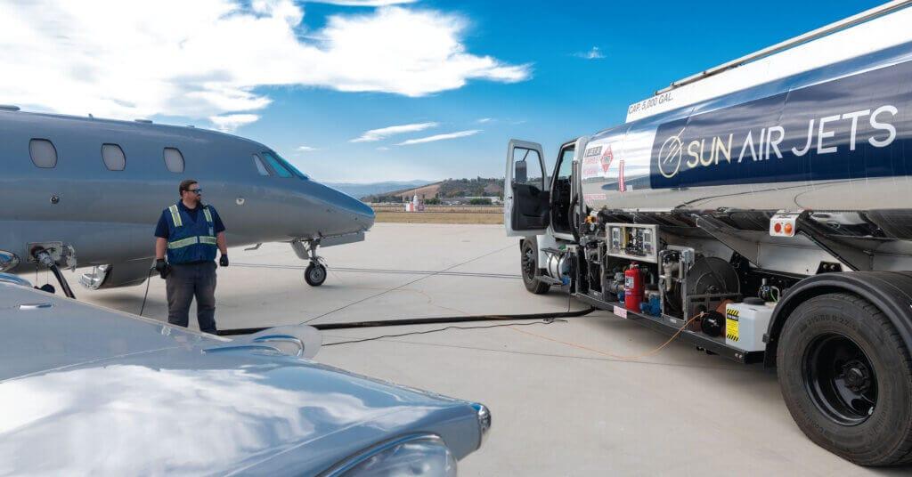 jet a fuel truck