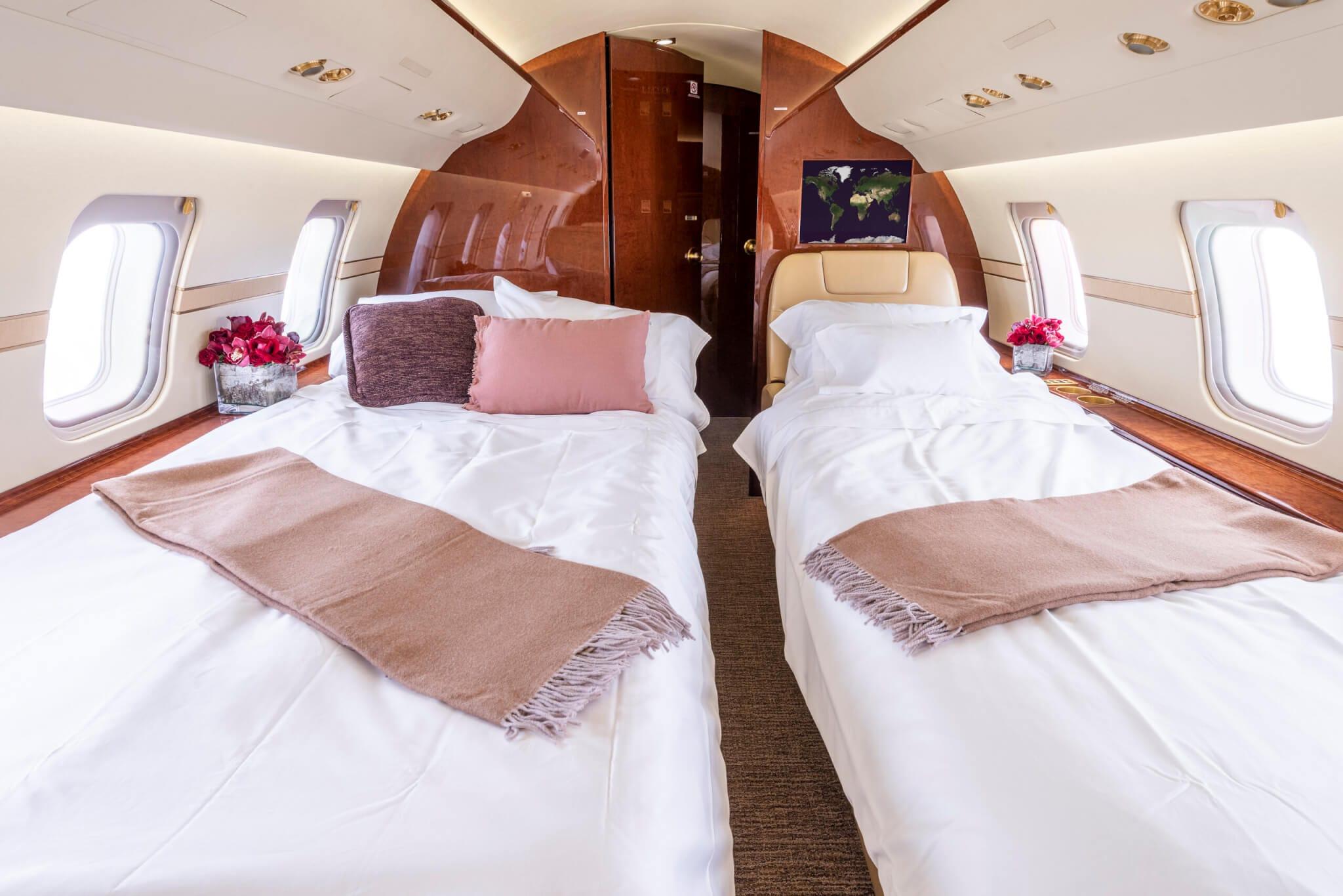 sleeping arrangements of Challenger 605