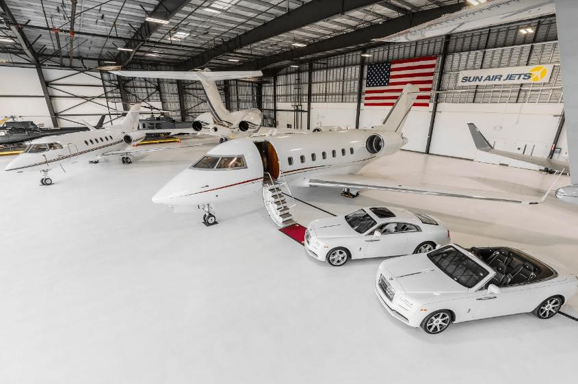 airplane hangar rental